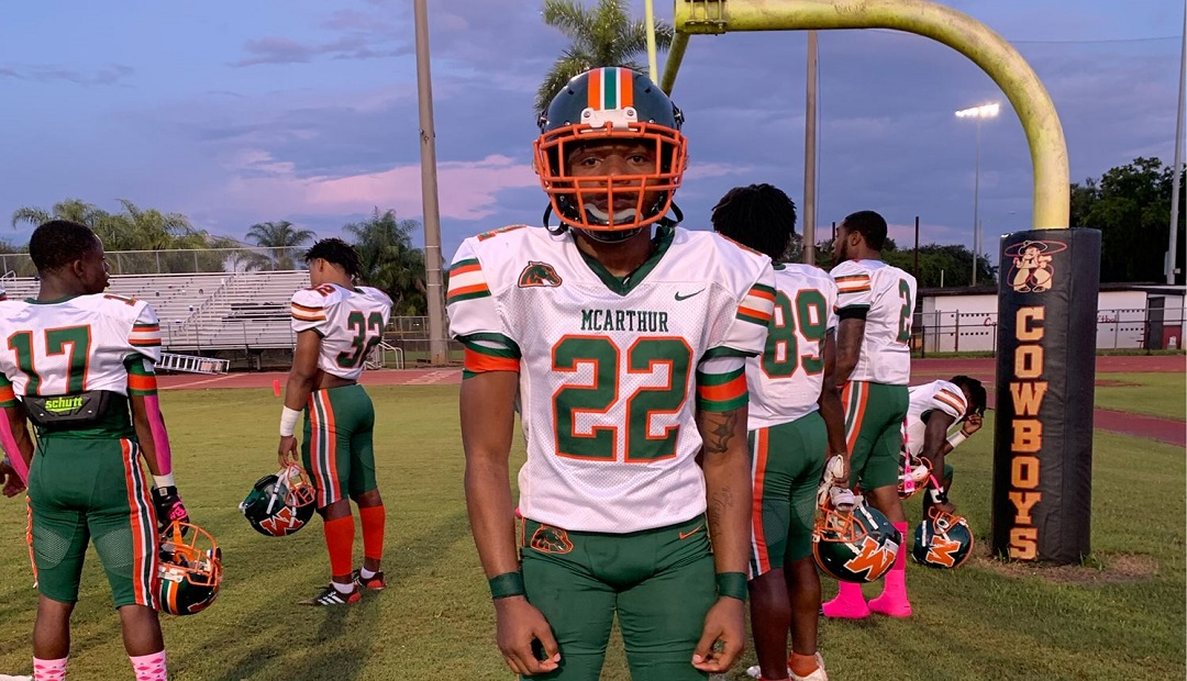 Angelo Ponds Gives Miami Carol City A Force In The Defensive Secondary