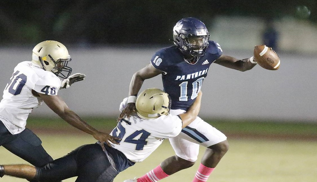 Miami Palmetto's Kevin Smith Continues To Make Huge Strides At Quarterback